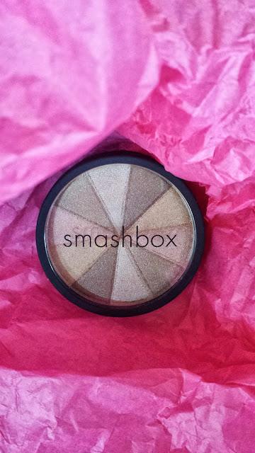 Smashbox 'Baked Starburst' - www.modenmakeup.com