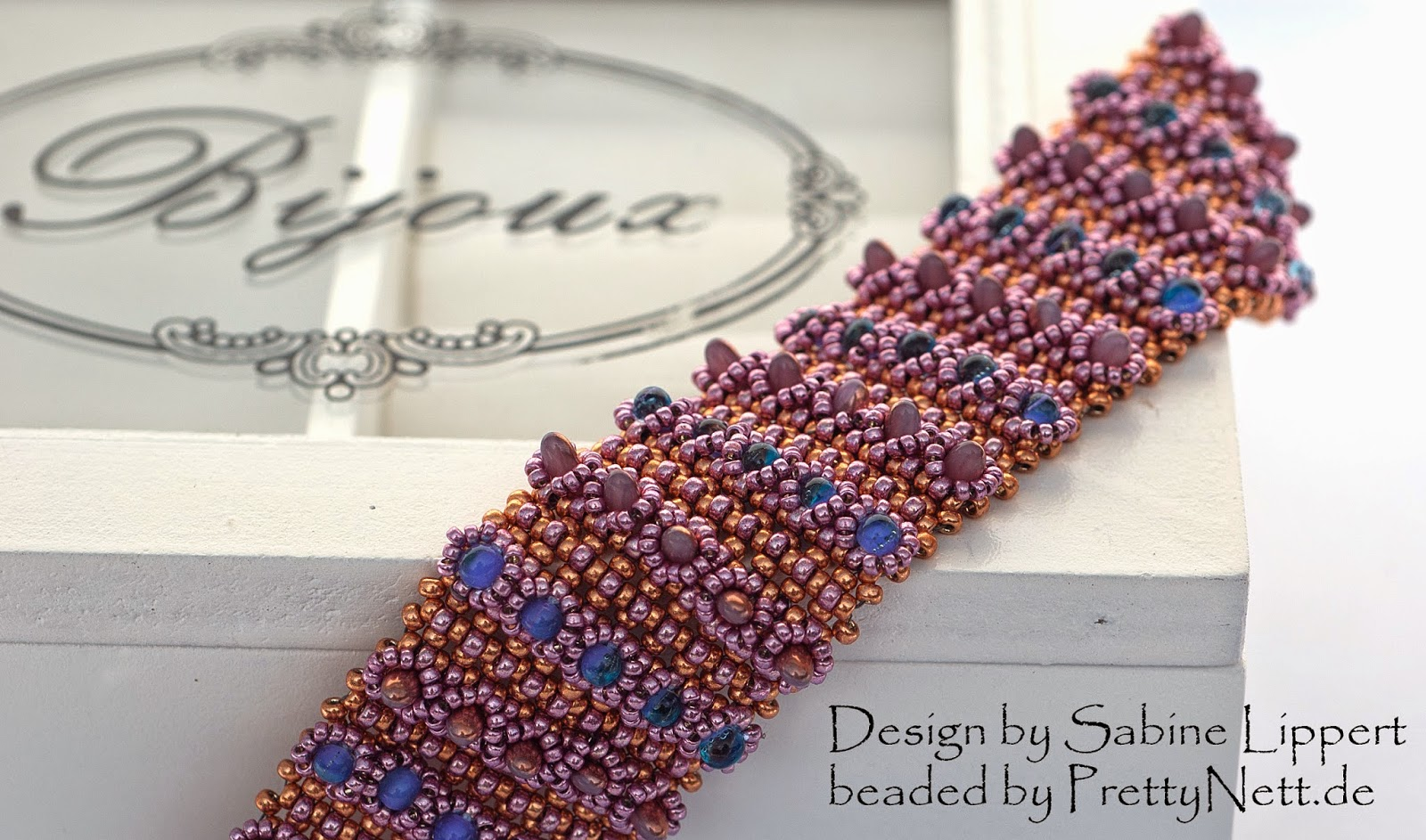 "Bracelet ""Tips and Tops"" beaded by PrettyNett.de"
