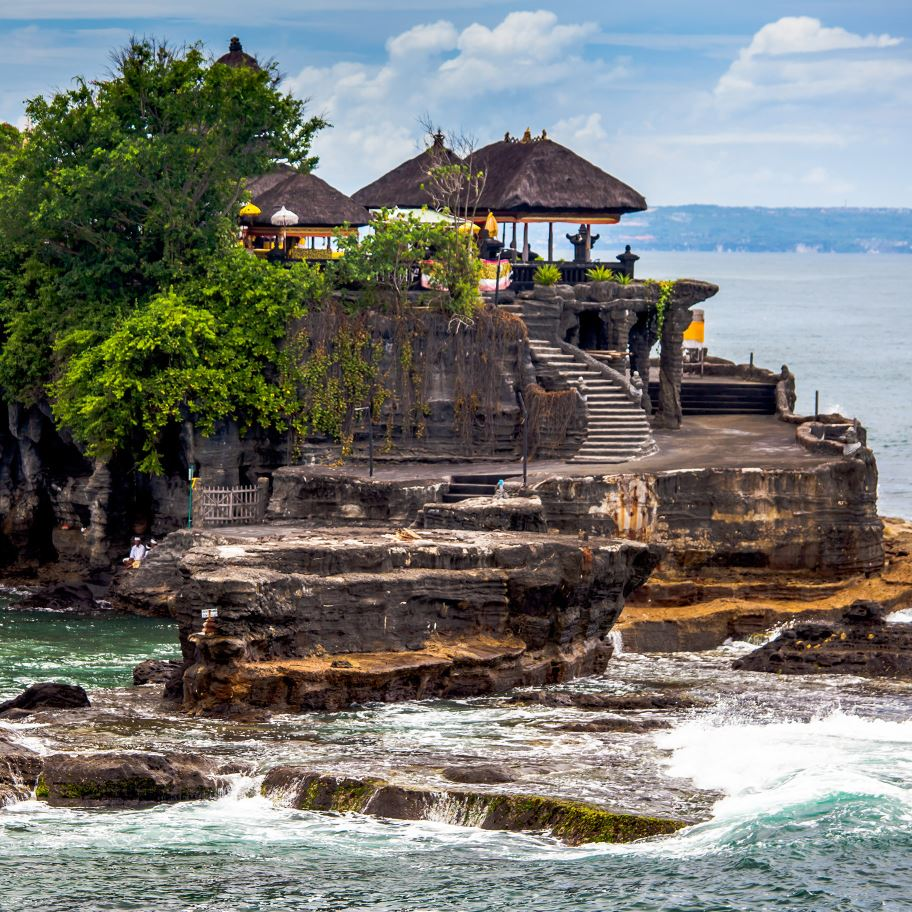 Hotel Puri Tanah Lot Tanah Lot Bali Cakrawala International Tour And Travel Semarang