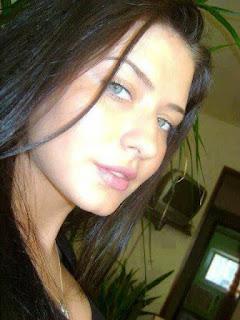 اسمي صفاء مولودة في بيروت لبنان , وعمري 28 سنه غير محجبة مسلمة  ابحث عن شخص نتقابل ومن بعدها نتزوج
