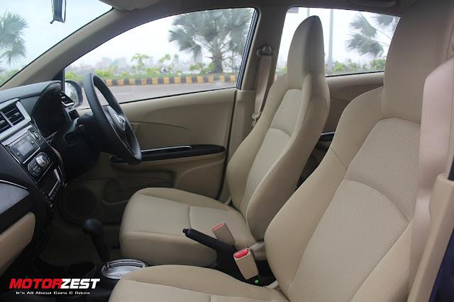 2016 Honda Amaze front seats