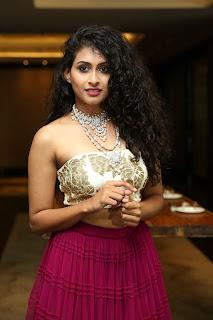 2018 july 6 Nitya Naresh at The Statement A Wedding Jewellery Exhibition Curtain Raiser22