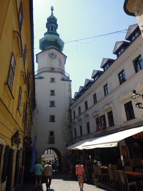 Calle Michalska (Bratislava) (@mibaulviajero)
