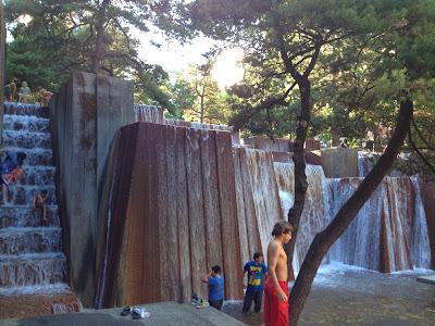 massive Fountain in Portland, Oregon