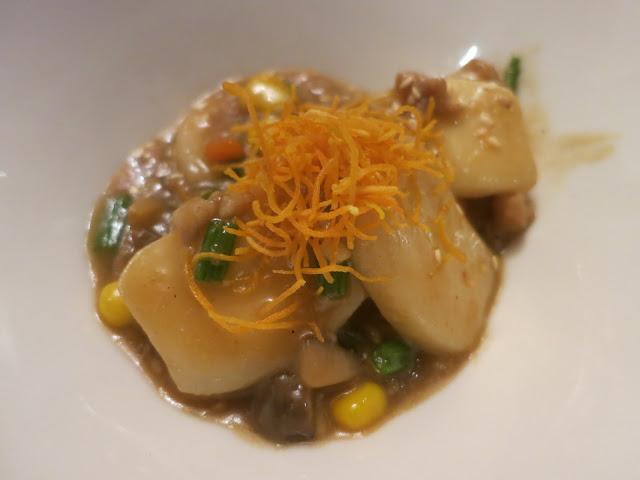 黑豚肉焖上海年糕