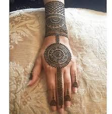 mehendi designs back hand