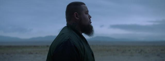 "Rag'n'Bone Man Premieres ""Skin"" Music Video"
