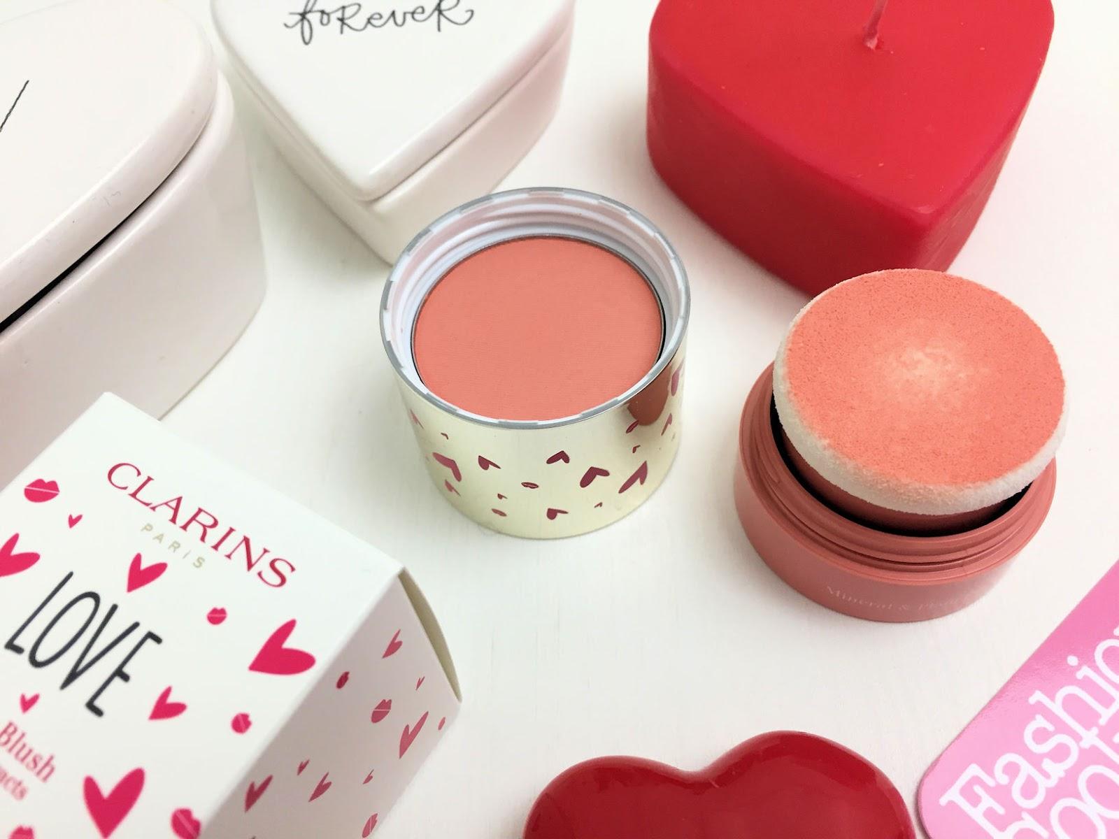 makeup di San Valentino con la capsule collection Clarins: Skin Illusion Blush luminous coral su Fashion and Cookies beauty blog, beauty blogger