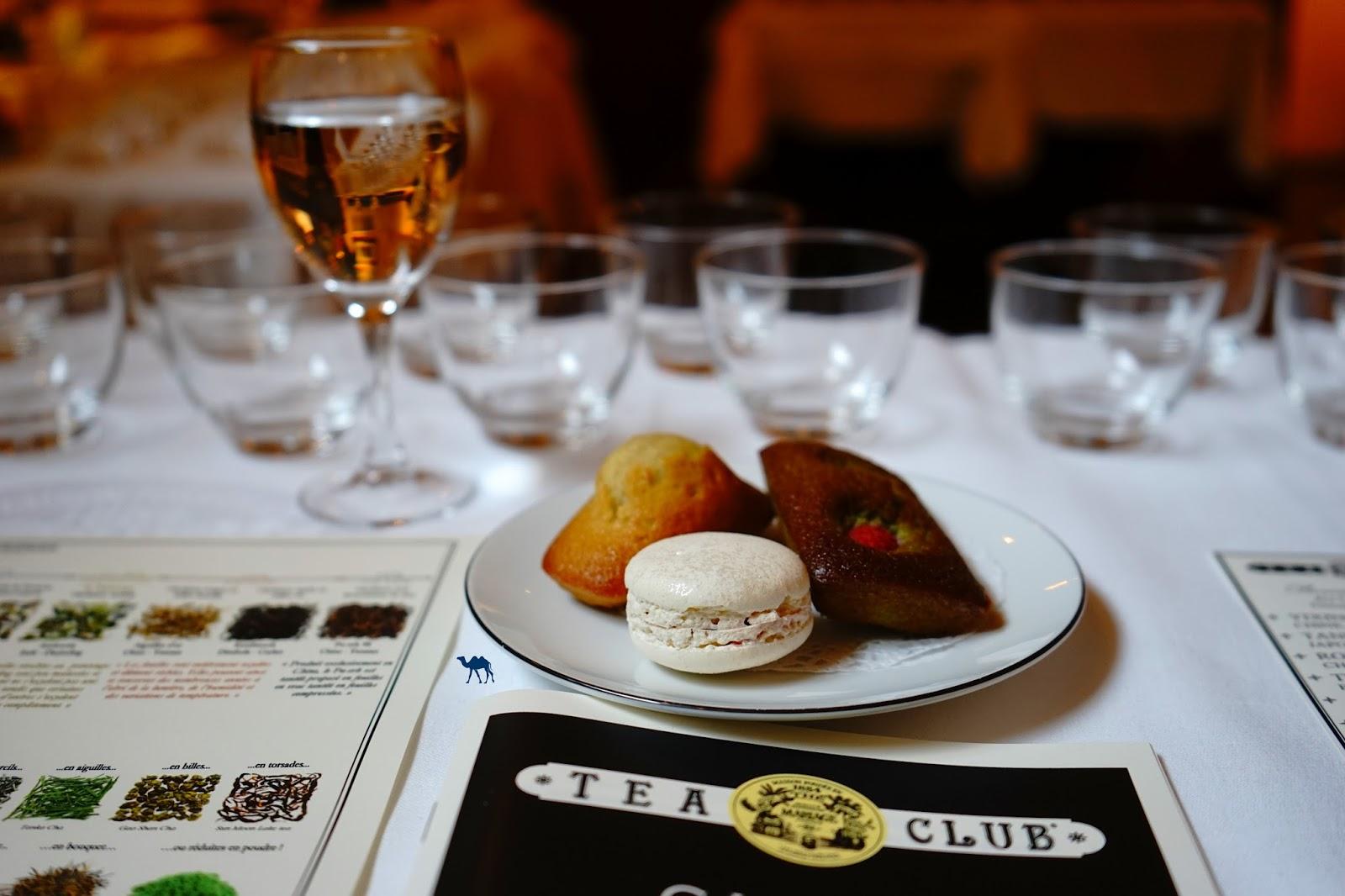 Le Chameau Bleu - Mignardises du Tea Club - Initiation au thé Mariage Frères