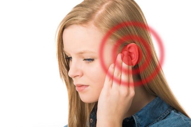 Benarkah Jika Telinga Berdengung, Kita Sedang Dipanggil Rasulullah untuk Bersholawat?