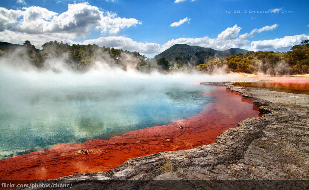 Champagne Pool - Stunning Photos Reveal Why New Zealand Should Be On Your Must-Travel List