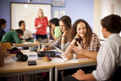 English Club yang Akan Membantu Kamu Dalam Belajar Bahasa Inggris