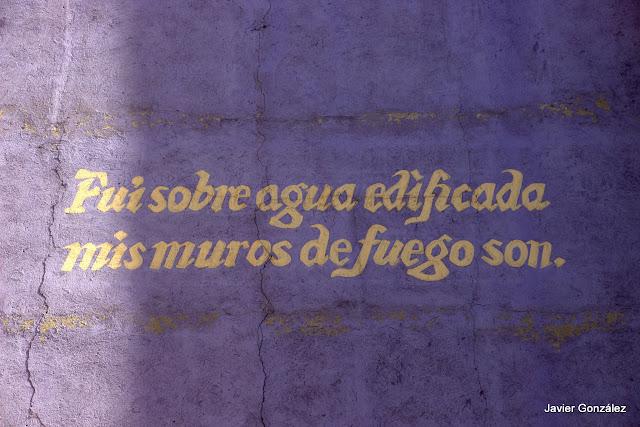 Trampantojos. Murales. Enredadera. Alberto Pirrongelli. Puerta Cerrada. Madrid