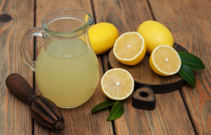 5. Zitronensaft, Olivenöl und Kokosmilch Haarspülung