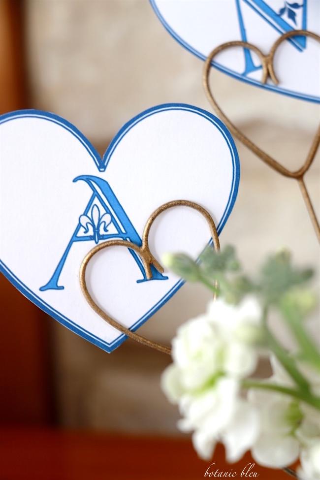 blue-heart-valentine-has-fleur-de-lis