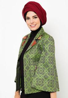 Model Hijab Kebaya Dian Pelangi
