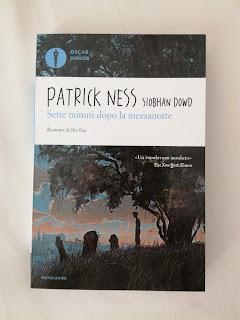 Sette minuti dopo la mezzanotte recensione copertina Patrick Ness