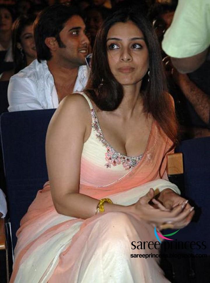 Bollywood actress tamanna hot navel show 4