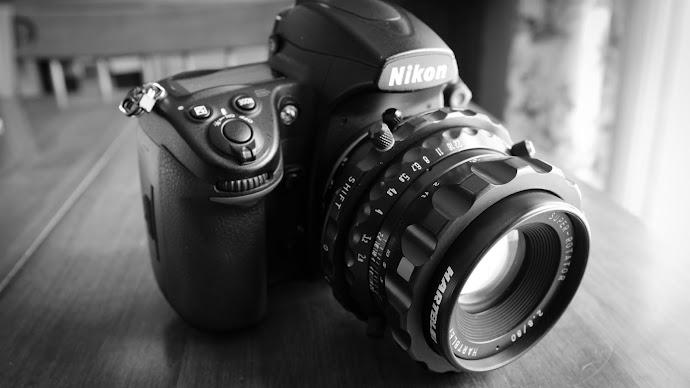 Wallpaper: Nikon with Hartblei Super-Rotator