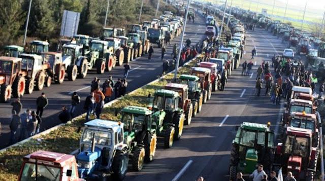 """""""Ζεσταίνουν"""" τα τρακτέρ τους οι αγρότες..Απειλούν με νέα μπλόκα τα Χριστούγεννα οι ..."""