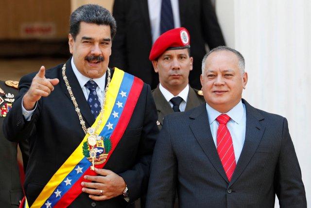 Forbes: Rusia reproduce su estrategia en Siria para evitar el cambio de régimen en Venezuela