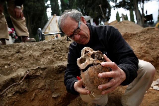 Spain's Killing Fields: Dig unearths dozens of Civil War era dead