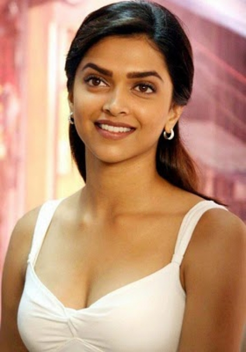 Deepika Padukone Hot Photos, Deepika Padukone Hot Pictures -4691
