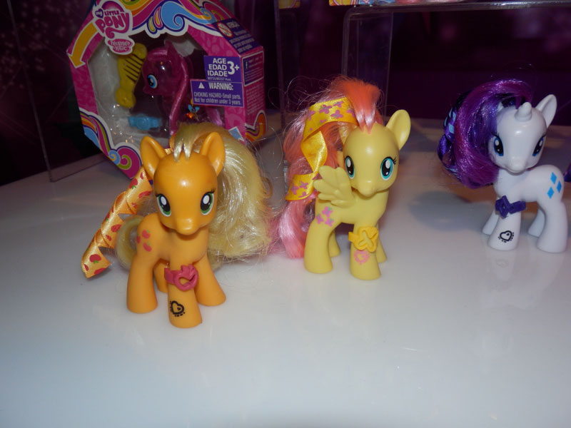 Applejack, Fluttershy & Rarity Brushables at NY Toy Fair 2015