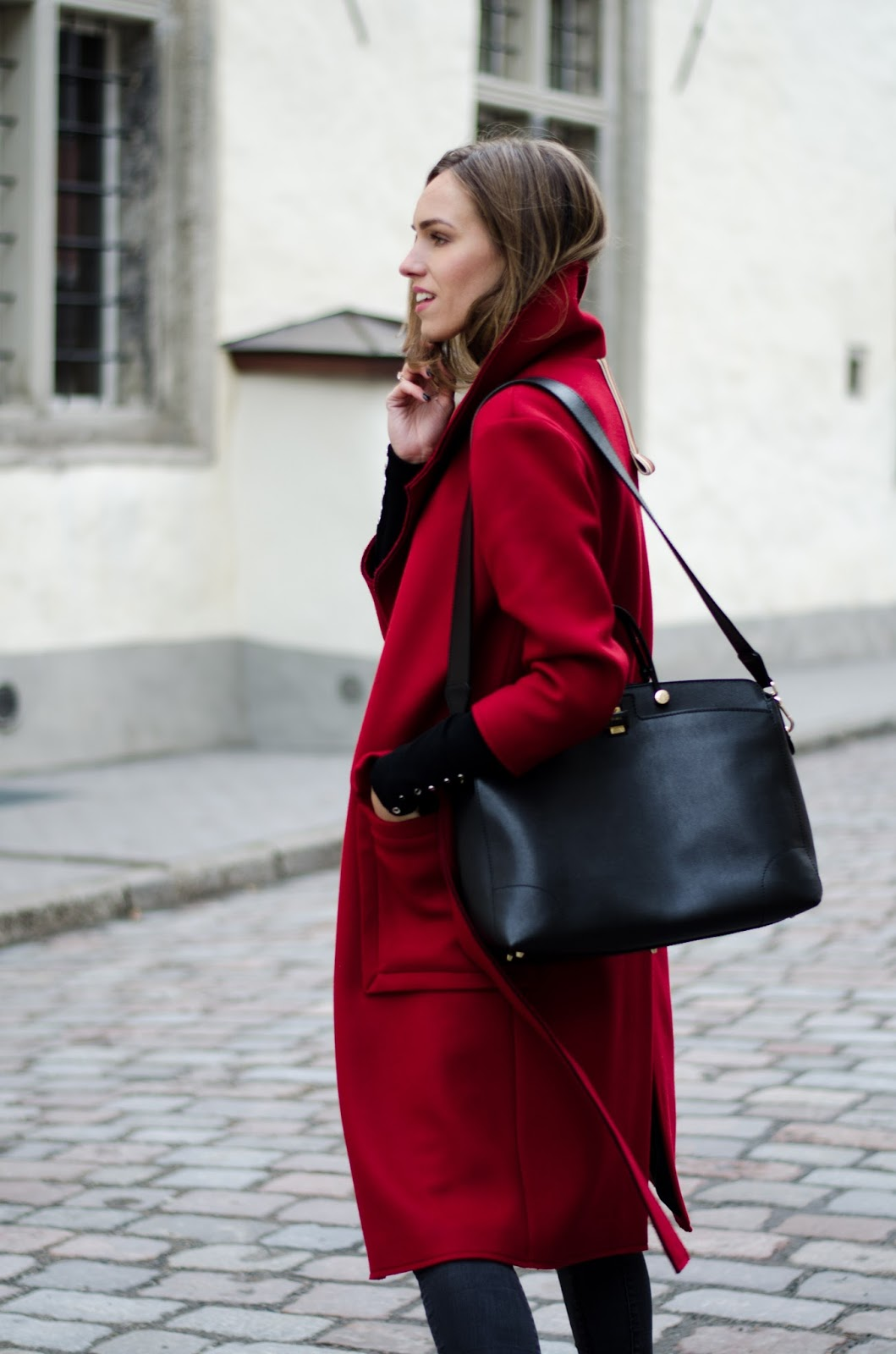 red coat streetstyle