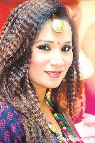 Bhojpuri Singer 'Kalapana Potawary' wiki Biography, Albums, Movies, Bhojpuri Kalpana Patowary play back singer in super hit films list, Kalapana Potawary Albums, awards and Profile Info on Top 10 Bhojpuri