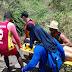 Mulher é resgatada após cair em trilha no Poço do Diabo