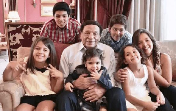 عادل امام: اولاد الملك سلمان اصدقائى  ولم أُسئ للسعودية