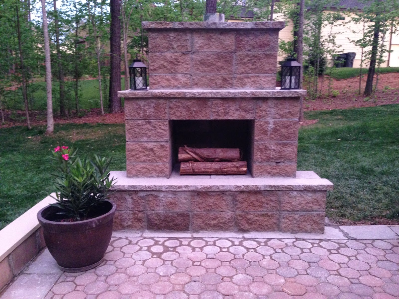 Life in the Barbie Dream House: DIY Paver Patio and ...