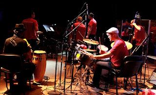 El pianista suizo Michael Fleiner abarrota el Imer en Ciudad de México / stereojazz
