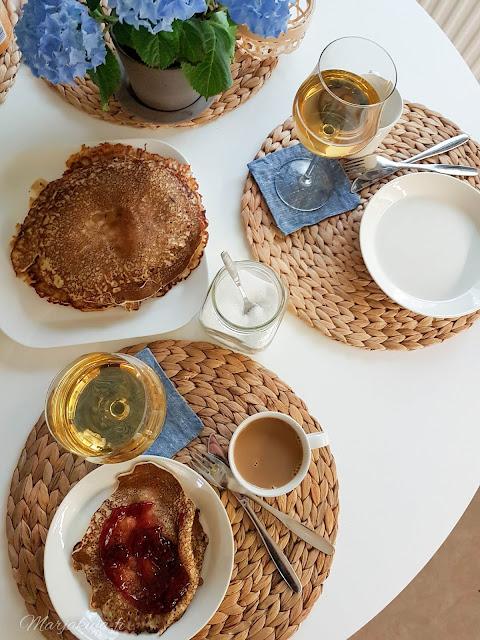 kattaus teema servetit iittala kesä astiat  lettu lettukestit lätyt