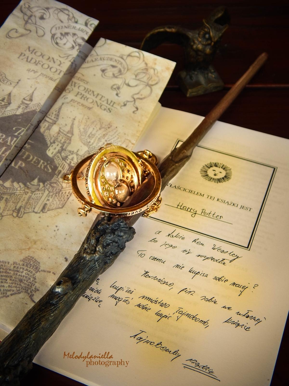 harry potter różdżka zmieniacz czasu mapa huncwotów ksiązki mugole prezenty bizuteria złoty znicz pióro sowa mapa dla fanów prezent złoto ksiązka quidditch różdżka mapa łańcuszek zmieniacz czasu hermiony