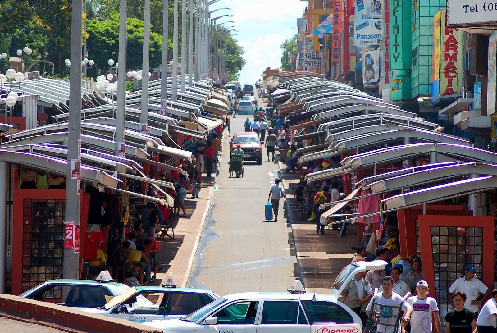 Calle Las Mercedes - Wikipedia, la enciclopedia libre  Calle Ciudad Del Este