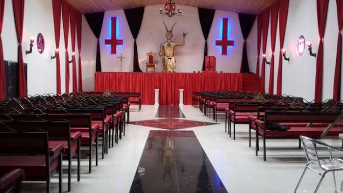 Inaugurada Igreja Satânica na Colombia [ Moradores Estão Chocados ]