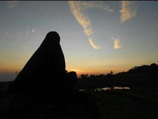 Puisi Sang Murobbi - Kuy Hijrah