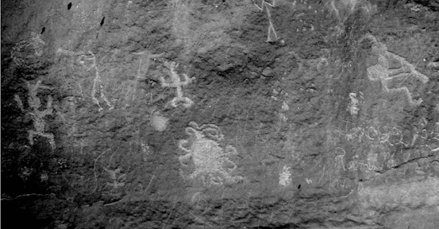 A petroglyph of what may be a total solar eclipse in the year 1097 as recorded by the Chaco Canyon, New Mexico Pueblo people. Credit: University of Colorado