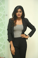 Actress Eesha Looks gorgeous in Blazer and T Shirt at Ami Tumi success meet ~  Exclusive 158.JPG