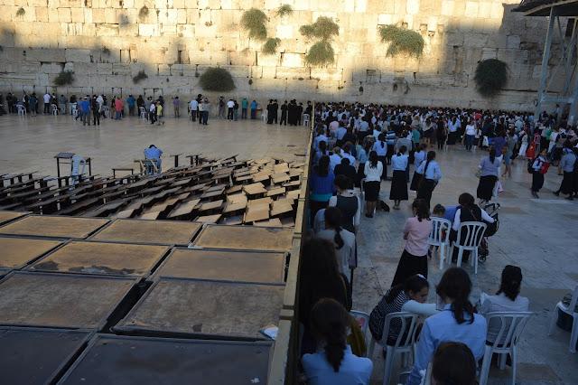 הכותל המערבי בירושלים הפרדה בין נשים וגברים