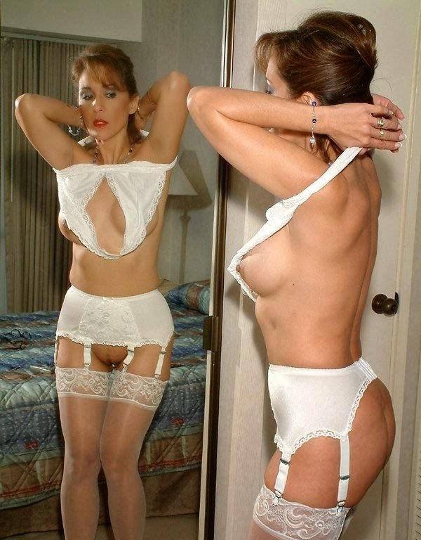 Black White Adjustable Stockings Garter Brace Suspender Clips Replacement Belt
