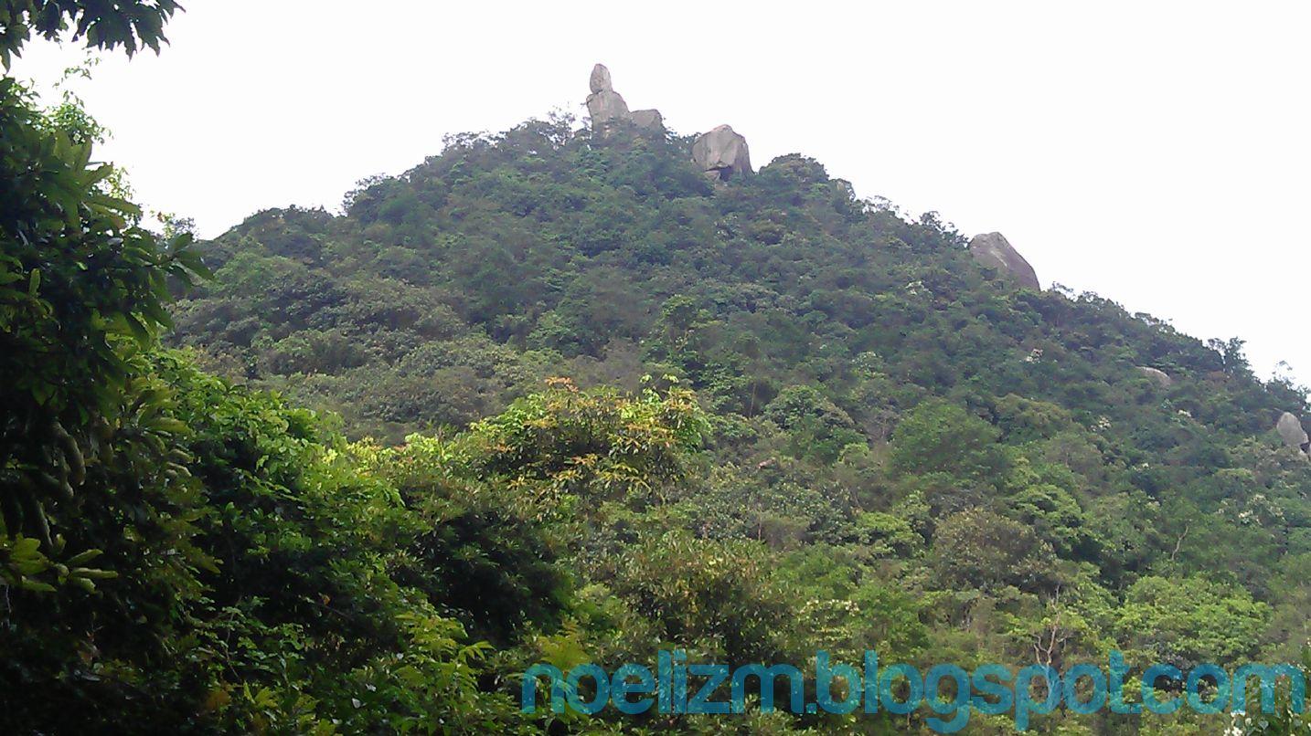 Traverse Hike of Amah Rock & Lion Rock Hill | Noelizm