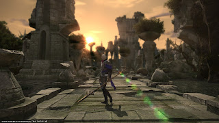 Final Fantasy 14 dragoon class in front of dungeon ruins