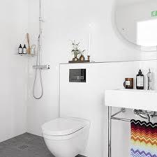 fuite sur votre sanibroyeur paris. Black Bedroom Furniture Sets. Home Design Ideas