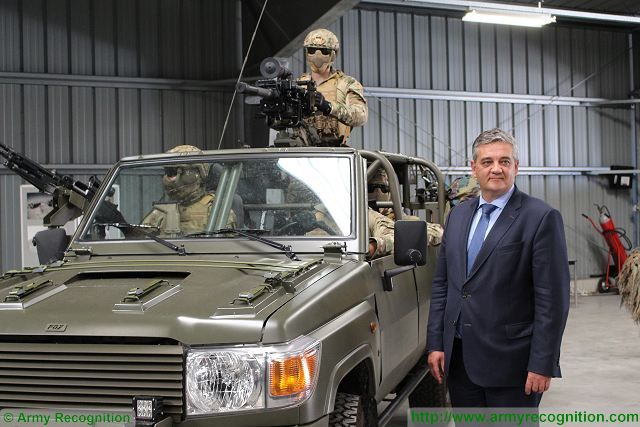 971fa17923 Belgian Defense Minister Steven Vandeput unveils new FOX vehicle for Special  Operations Forces.
