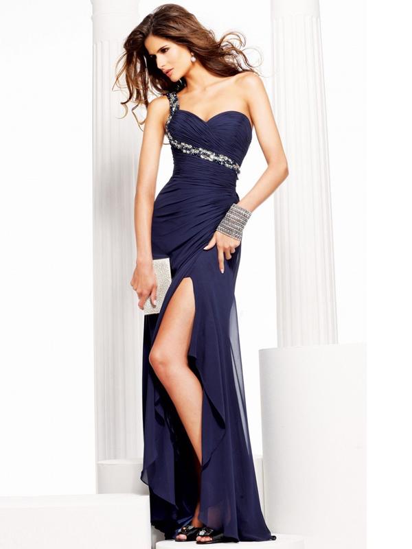 vestido de corte recto, con escote en un hombro, con diamante de imitación