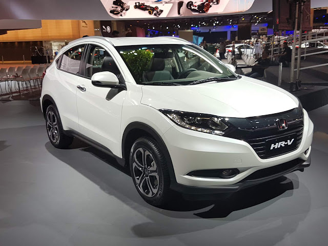 Honda HR-V ganha versão Touring e fica acima da EXL