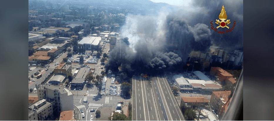 Fireball Close Bologna Airport After Road Crash Explosion